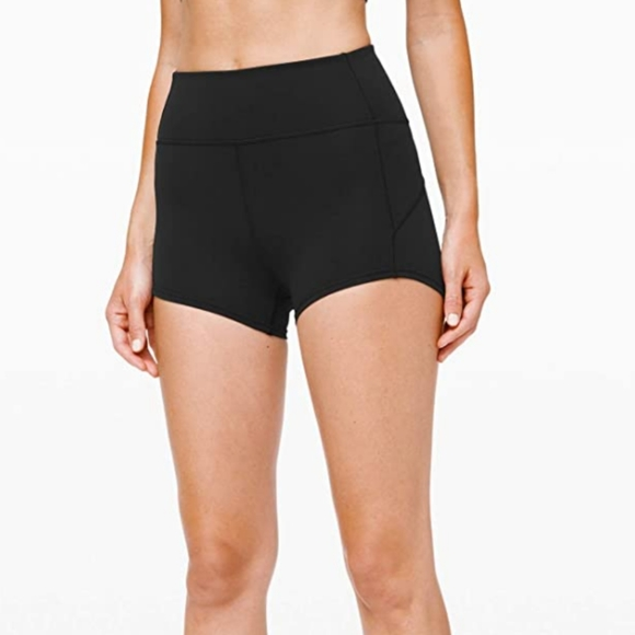 Lululemon   In Movement Shorts